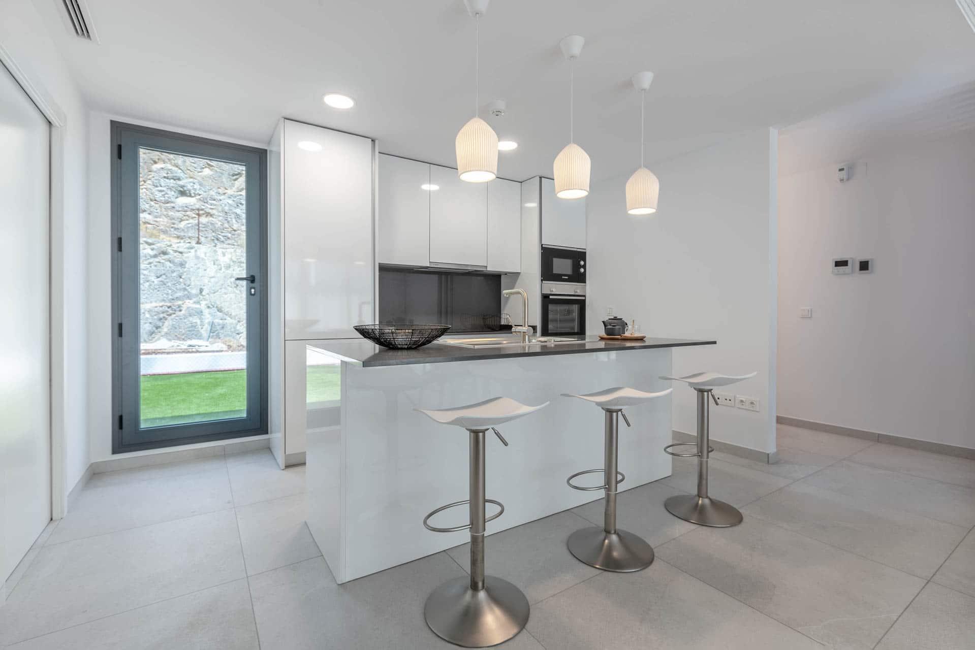 02 - Kitchen - Alborada Homes - Full Res