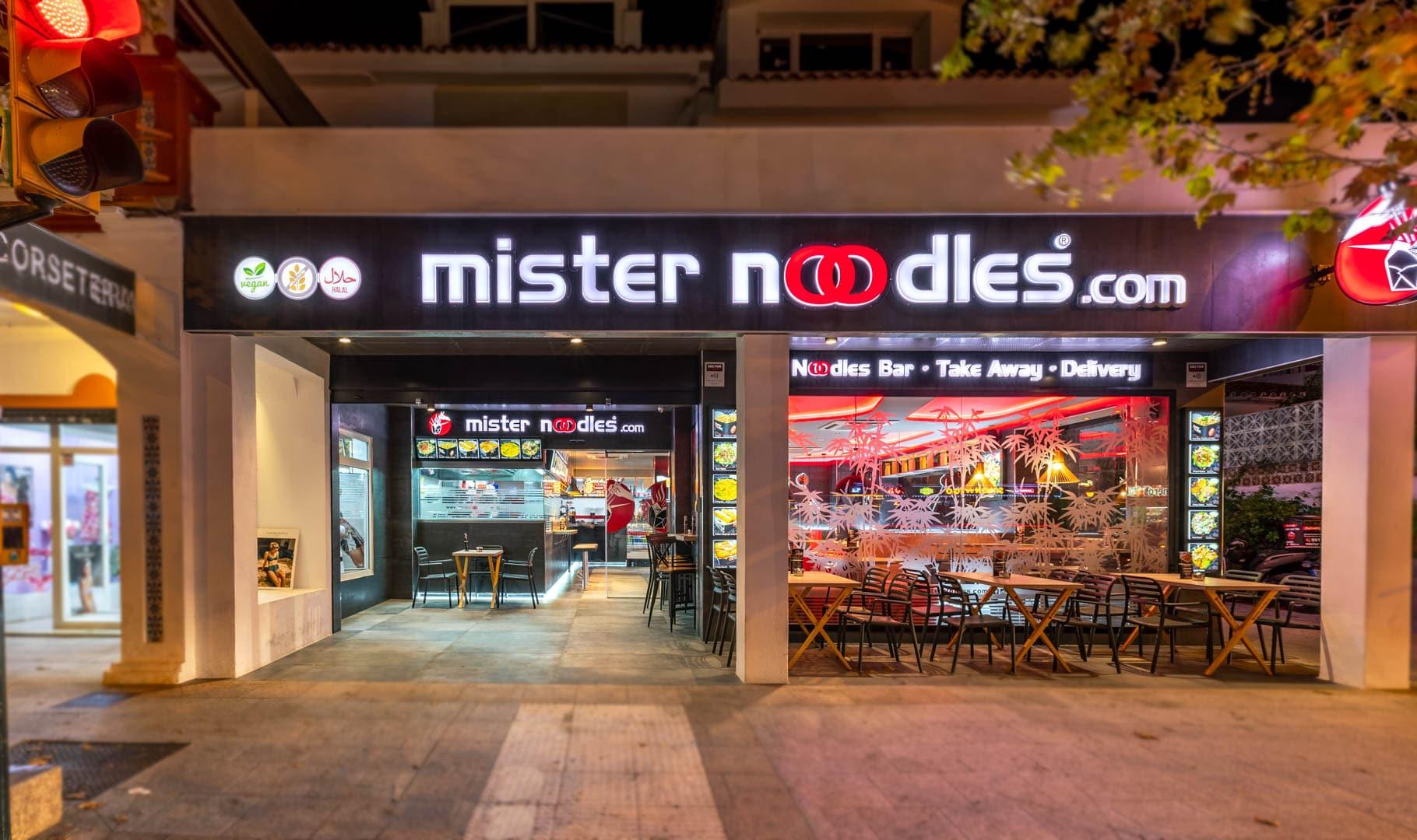 Mister Noodles Benalmadena Exterior (1)